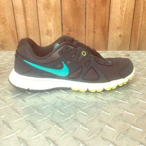 Women's Nike running shoes sneakers